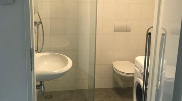Lancet 7D bathroom - Short Stay Wageningen